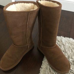 BearPaw Ugg Boots